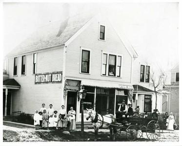 Isaac & Ida Anderson's 238 Humboldt Av. N. Grocery- c.1906