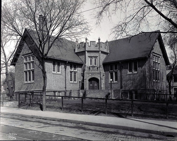 Sumner Library - - c. early 1930s ?