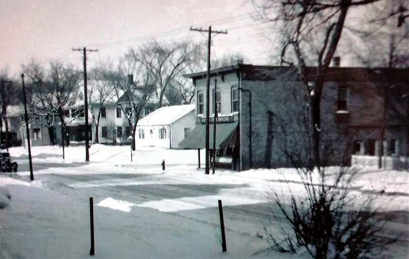 Glenwood Avenue and Newton Avenue North - c.1950