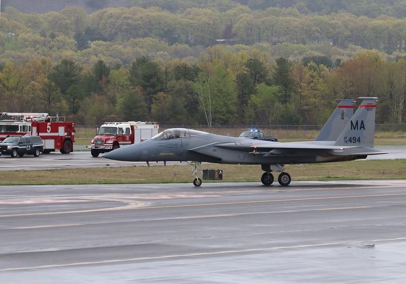 Westfield-Barnes Airport (KBAF) Massachusetts