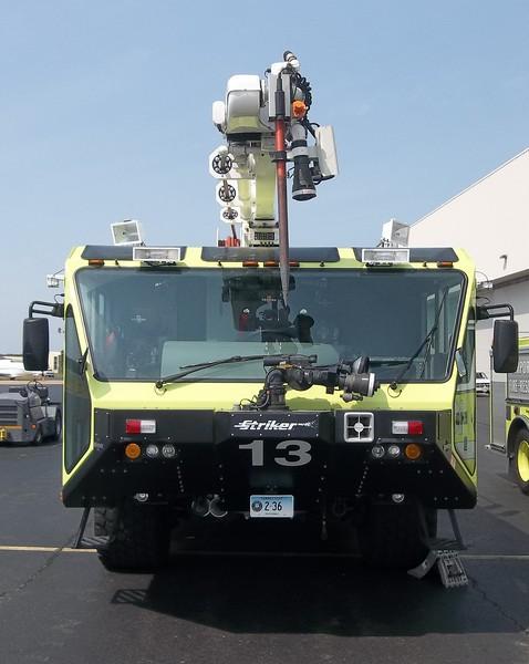 Bradley Int'l Airport - Windsor Locks, CT -2014