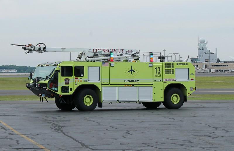 Bradley Int'l Airport - Windsor Locks, CT -2015