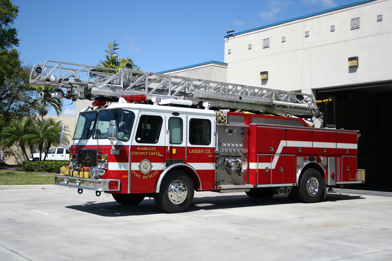 Margate Coconut Creek Ladder 50 - 1995 E-One 1250/500/75'