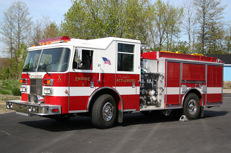 Attleboro Mass Engine 1 - 2006 Pierce Contender 1250/750