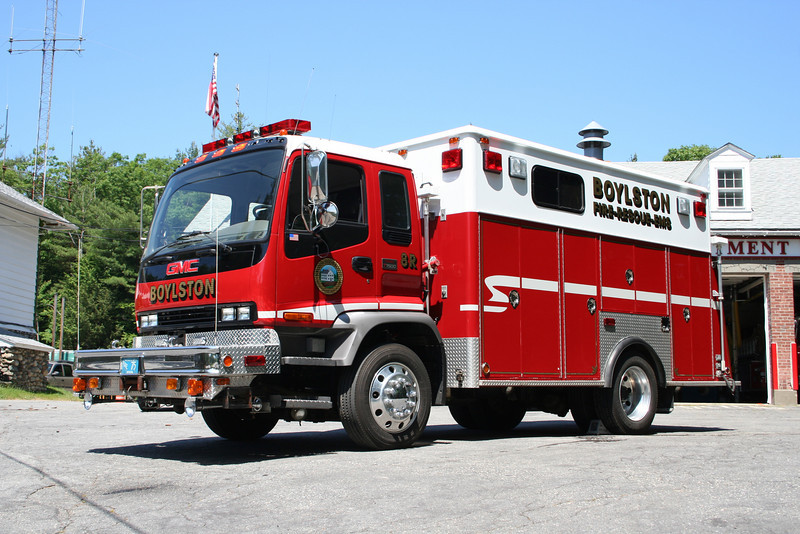 Boylston Mass Rescue 1 - 2005 GMC T-7500 / Middleboro<br /> Rescue Body from 1980 E-One remounted on new Chassis