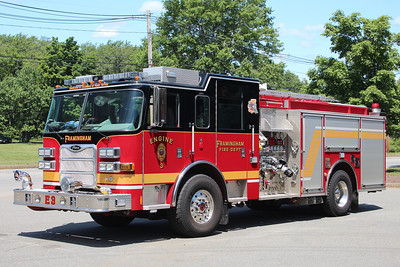 Framingham Mass Engine 3 - 2009 Pierce Arrow XT 1500/750/30F ** Orig White over Red. Repainted in 2012 **