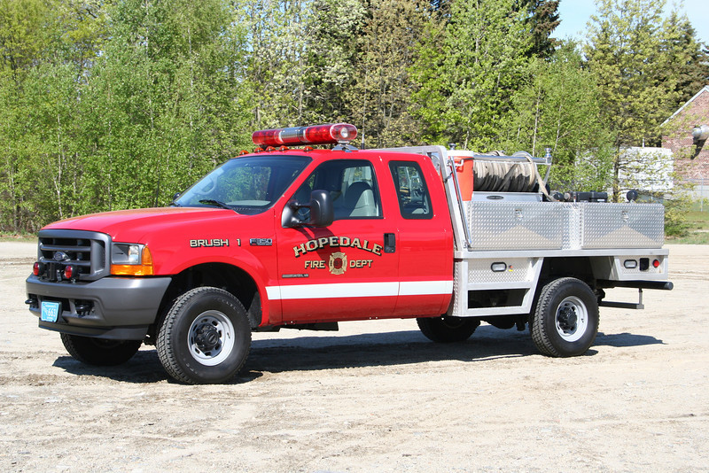 Hopedale Mass Brush 1 - 2002 Ford F-350 250/250