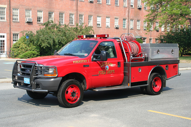 Ludlow Mass Forestry 1 - 2000 Ford F-550/Fire One 4x4 300/300