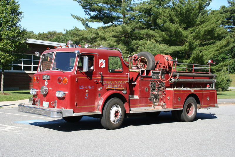 Newburyport Mass Former Engine 6- 1968 Pirsch 1250/300