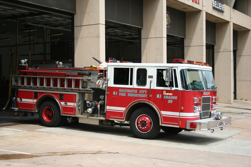 Baltimore City Maryland Engine 23 - 1998 Pierce Saber 1250/500<br /> (Replaced in 2008)