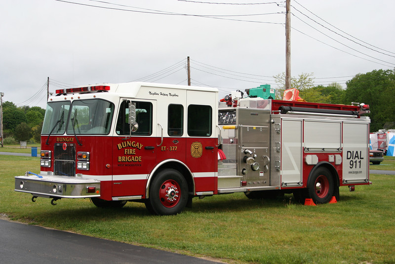 Woodstock Conn - Bungay Fire Brigade Engine Tank 377 - 2003 Spartan / Central States 1250/1000/20A