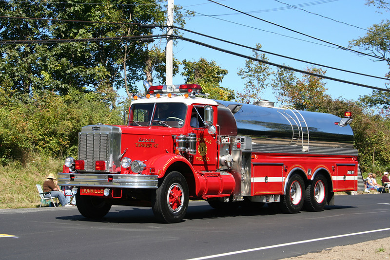 Lionville PA Former Tanker 47 - 1977 Autocar / 4 Guys 500/3500/40F<br /> <br /> ** In Connecticut @ 2009 State Parade won furthest distance traveled.
