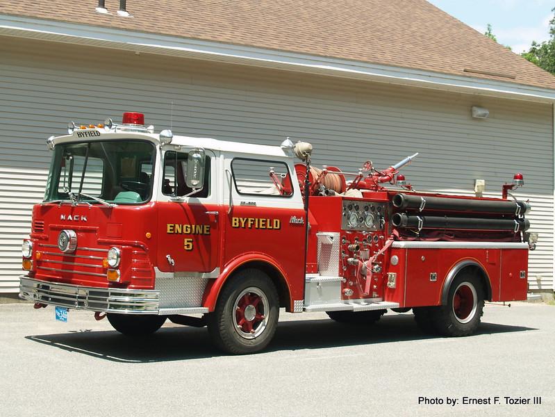 Engine 5 - 1969 Mack CF608F 1250/500