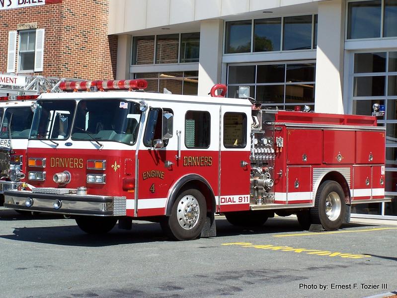 Engine 4 - 1990 E-One Hush 1500/500 (Spare)