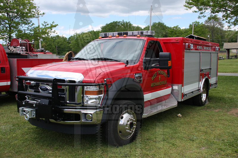 West Thompson (Thompson, Ct) Rescue 382
