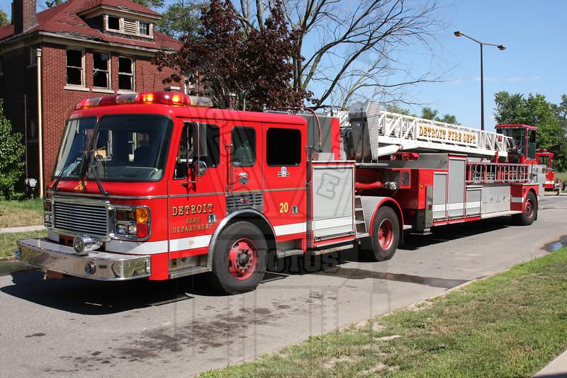 Detroit, MI Ladder 20