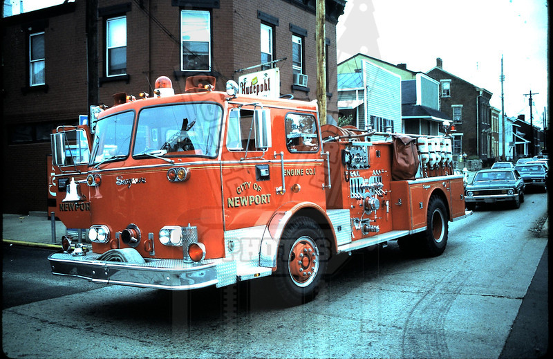 Older picture of Newport, Ky Engine 1