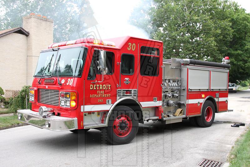 Detroit, MI Engine 30