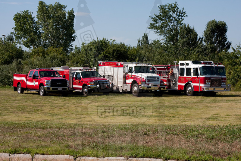 8th District Fire Dept. (Manchester, Ct) Service 1, Rescue 7, Rescue 5 and Engine 2
