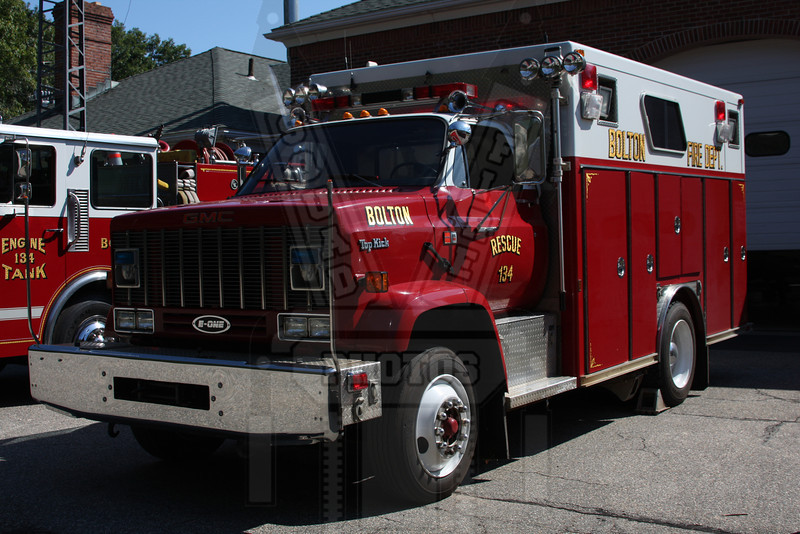 Former Bolton, Ct Rescue 134. Now the rescue for Corinth, Vt.