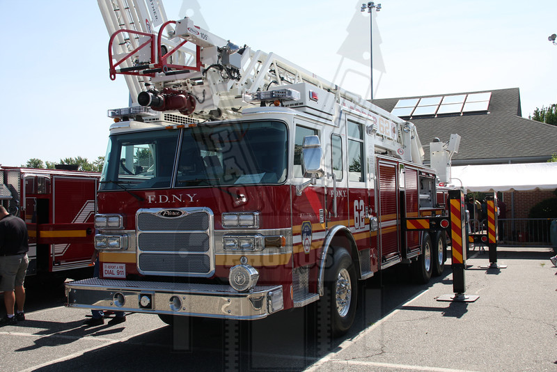 "FDNY Ladder 62 from the TV show ""Rescue Me"""