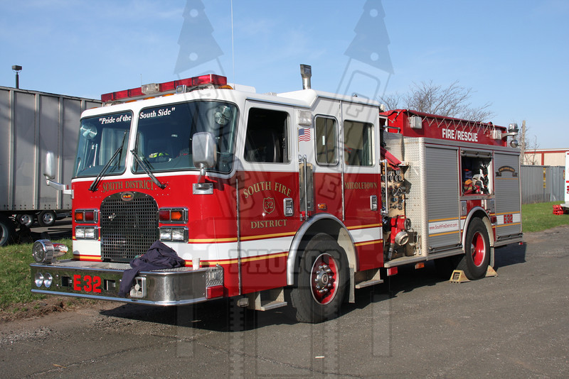 South District (Middletown, Ct) Engine 32