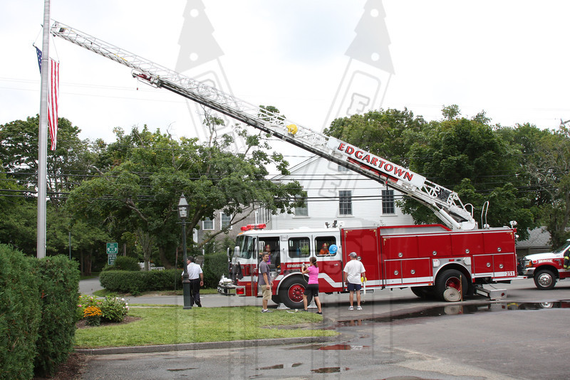 Edgartown, Ma. (Martha's Vineyard) Ladder 1