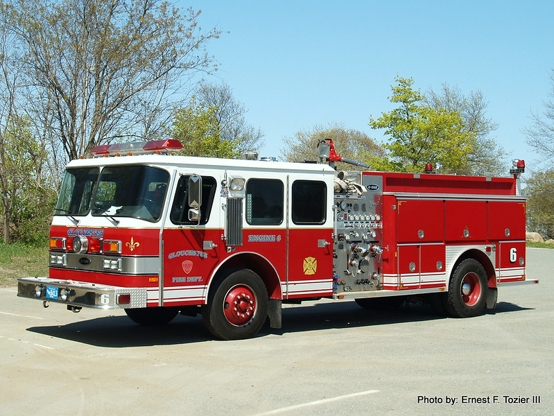 Engine 6 - 1988 E-One 1500/1000 (Former Upton Engine 2)