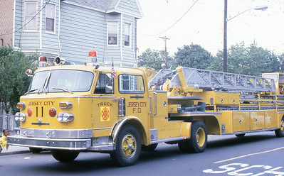 Truck 11 - 1977 ALF 100' TT