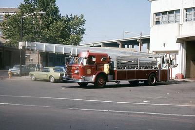 Trcuk 6 - 1967 Aero Chief 90'