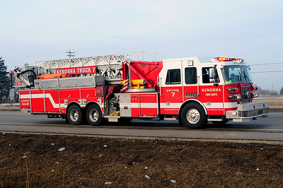 Truck 7 - 2007 Sutphen - 2000/300/100' Platform - Photo Added 3/14/2010