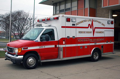 Reserve Rescue 44 - 2005 Ford/Marque - ALS Rescue (Former MED 4)