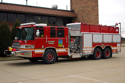 Engine 5614 - 2005 Pierce/Quantum - 1750/2000