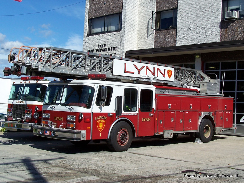 Spare Ladder - 1988 E-One 110' (Ex-Ladder 1, now disposed of)
