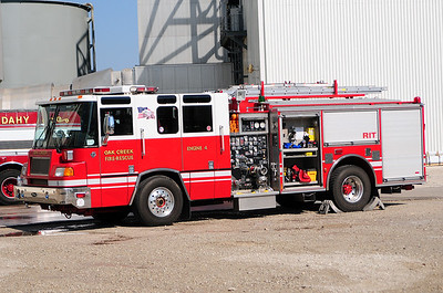 Reserve Engine 4 - 1996 Pierce/Quantum - 1250/500 (Former Engine 1865) - Photograph added September 6th, 2012.