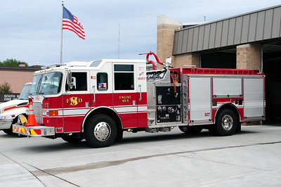 Engine 1665 - 2007 Pierce/Enforcer - 1250 GPM / 750 Tank - Photograph Added September 2nd, 2012.