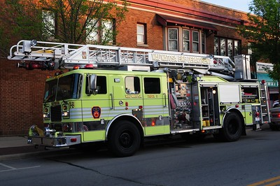 Truck 3 - Seagrave - Former Qunit 3 - Photo added September, 7th, 2012.