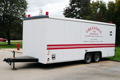 Confined Space Emergency Response Trailer 410 - 1998 Wells Cargo 25' trailer - Photo added September 27th, 2012