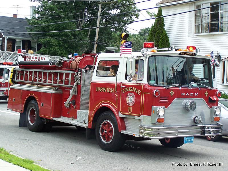 Ipswich Engine 1 - 1980 Mack CF 1000/750
