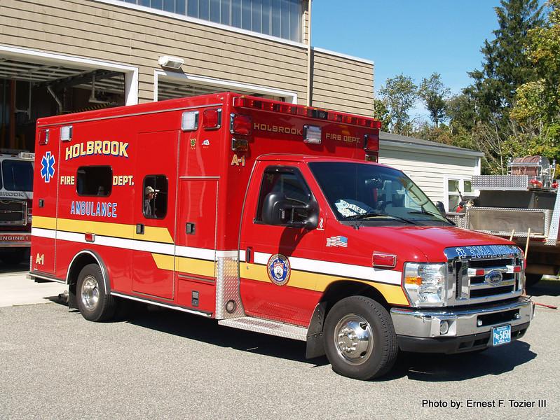 Holbrook Ambulance 1 - 2009 Ford E-450/Road Rescue