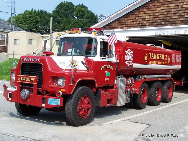 Tanker 2 - 1991 Mack DM690S 750/5600 (Retired in 2015)
