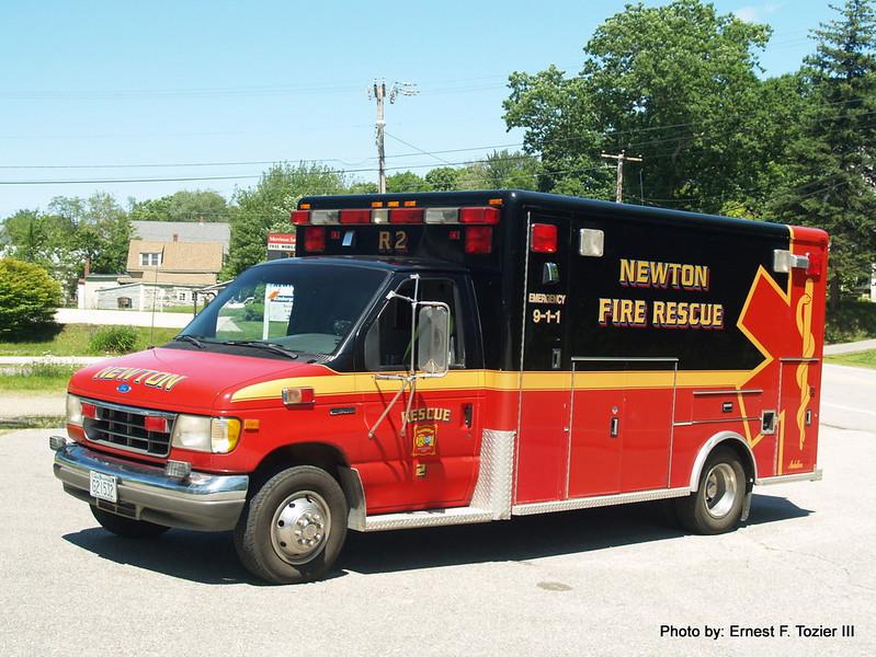 Rescue 2 - Ford E-350/Medallion