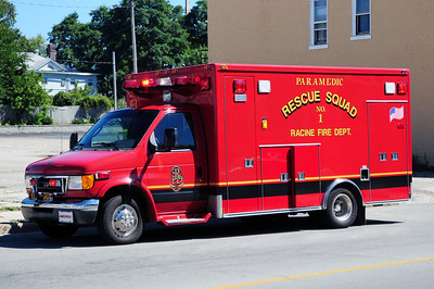 Rescue 1 - 2004 Ford/Medtec - (ALS Rescue) - Photo Added 8/29/2010