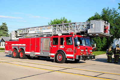 Truck 1 - 1990 Emergency One - 97' Platform - Photo Added 7/24/2011