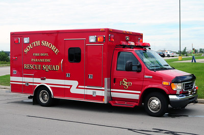 South Shore Rescue 136 - 1999 Ford/Medtec - (ALS Rescue) - Former Sturtevant Rescue - Photo Added 8/09/2010