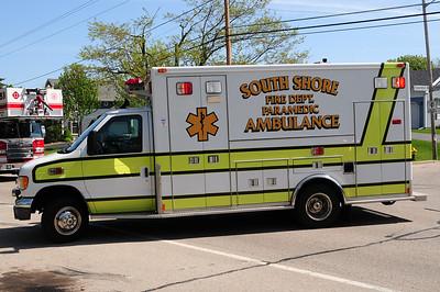 South Shore Rescue 134 - 2001 Ford/Medtec - (ALS Rescue) - Former Mt. Pleasant Rescue - Photo Added 5/11/2010