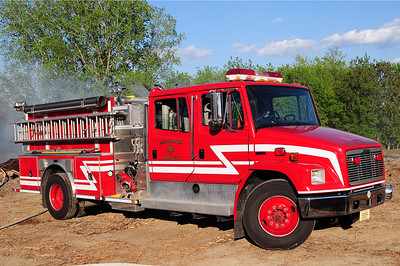 South Shore Engine 126 - 2001 Freightliner/Emergency One - 1250/500 - Former Sturtevant Engine 126 - Photo Added 5/11/2010