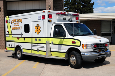 South Shore Rescue - MED 7 - 2001 Ford/Medtec - (ALS Rescue) - Former Mt. Pleasant Rescue - Photo Added 4/05/2011.