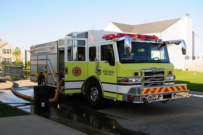 South Shore Engine 9 (former Mt. Pleasant Engine 121) - 2008 Pierce/Velocity - 2000/750 - Photo Added 5/19/2015.