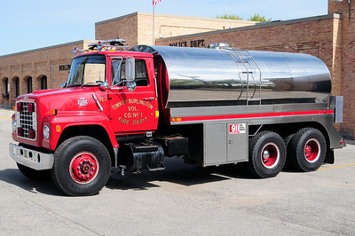 Tender 967 - 1986 Ford/Stuart - 3250 Gallons - Photo Added September 29th, 2012.